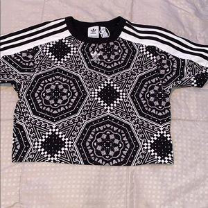 Adidas black and white crop top pattern